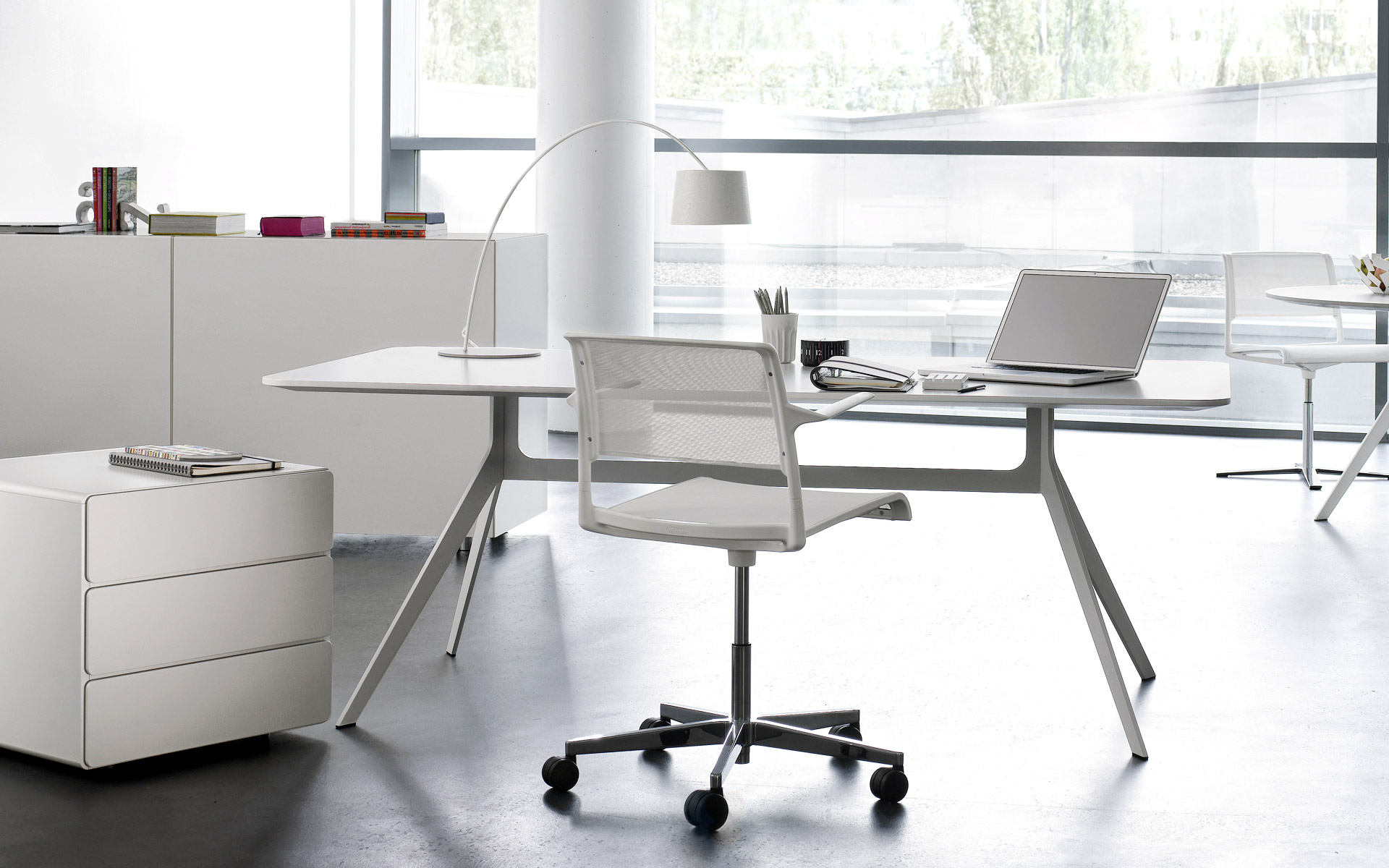 b ro und lebenswelten mit charakter planen und einrichten pro office gmbh. Black Bedroom Furniture Sets. Home Design Ideas